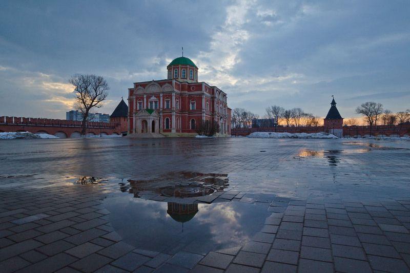 город, тульский кремль, богоявленский собор, весна, утро Тульский кремль. Богоявленский собор. Приход утраphoto preview