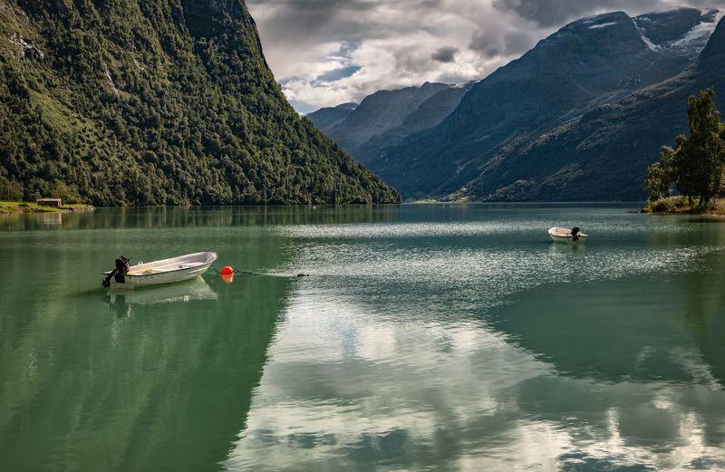 фьорд, норвегия, лодки на двоихphoto preview
