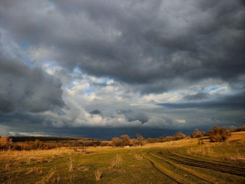 весна, небо, облака, пейзаж, погода, свет, тучи,закат Поймать светphoto preview