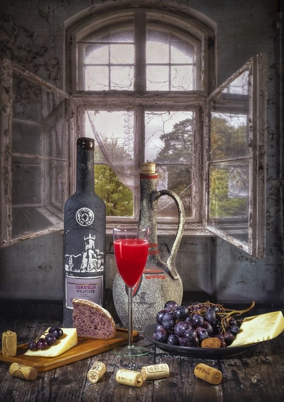 натюрморт, фудфото, вино, бутылка, кувшин, ужин, сыр, виноград Вино и сырphoto preview