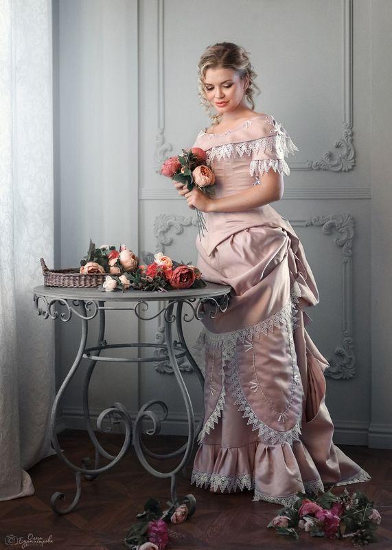 фото в образе, образ из фильма, ретро образ, стилизация, старинное платье Анжеликаphoto preview