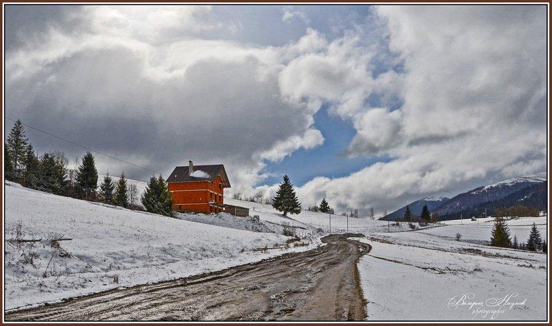 весна, март, небо, облака, карпаты, боржава, подобовец, горы, распутица, дорога Шоколадная рекаphoto preview
