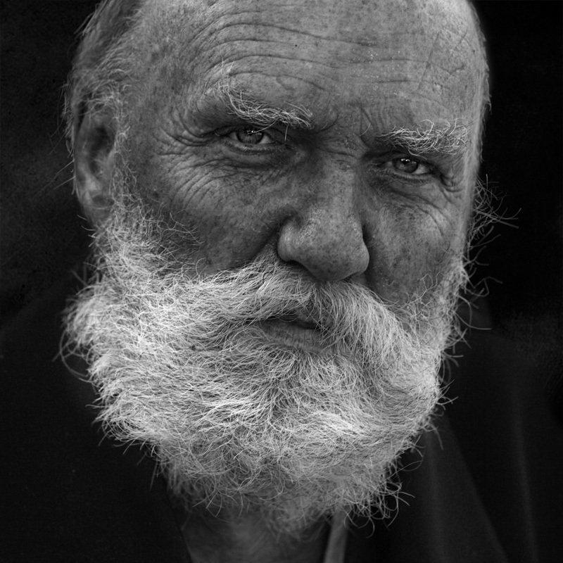 портрет, юрий_калинин, лица, черно_белое, юрец, уличная_фотография, люди время седых волосphoto preview
