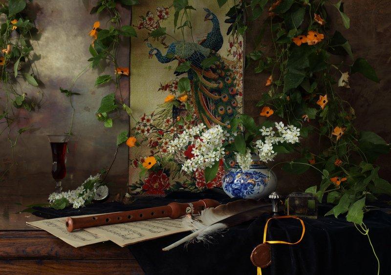 цветы, сирень, музыка, флейта, свет Натюрморт с цветамиphoto preview