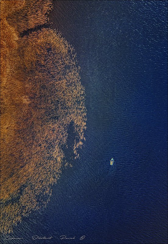 Одинокая лодка.photo preview