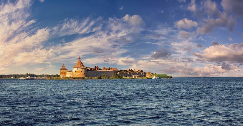 пейзаж,река,озеро,крепость,небо,облака Крепость\