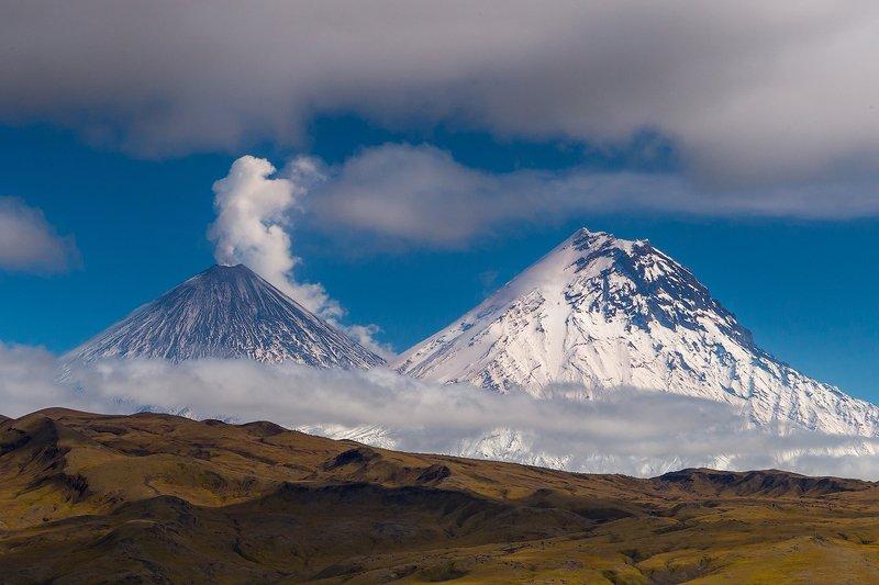 камчатка, вулкан, осень, пейзаж, природа, путешествие, фототур, озеро Белые Великаныphoto preview