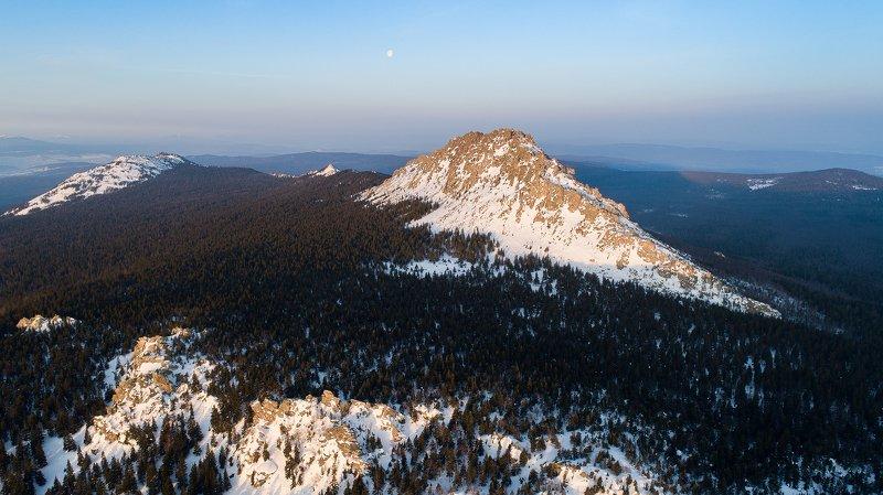 Таганай, пейзаж, Урал, восход Откликной гребень на восходеphoto preview