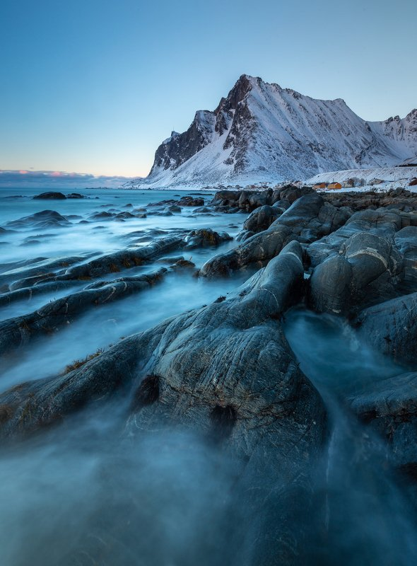 vikten,lofotoen,norway,norwegian,scandinavia,nature,natural,blue hour,shore,coast,coastal,rocks,north,northern Blue hour by the coastphoto preview
