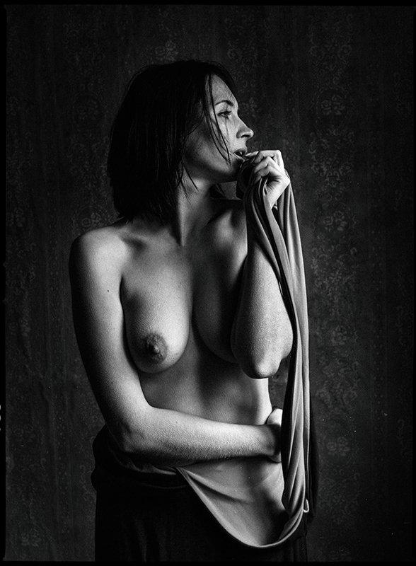 девушка, черно белое фото, портрет, ню Н а т а ш аphoto preview
