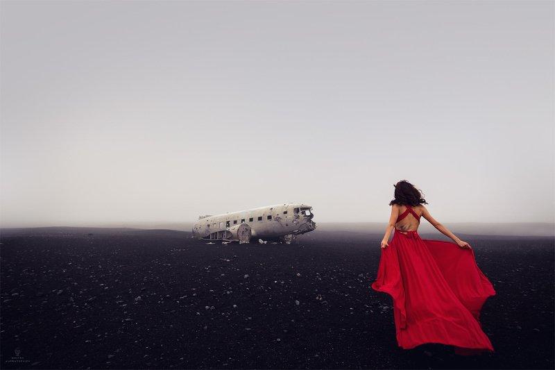 Небо, самолет, девушкаphoto preview