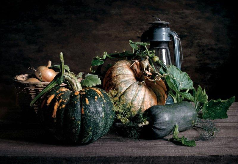 Натюрморт, тыквы, лампа, корзина, лук, овощи Тыквыphoto preview
