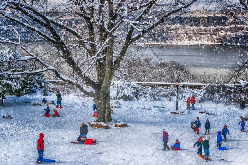 Winter Fun in Fort Tryon Parkphoto preview