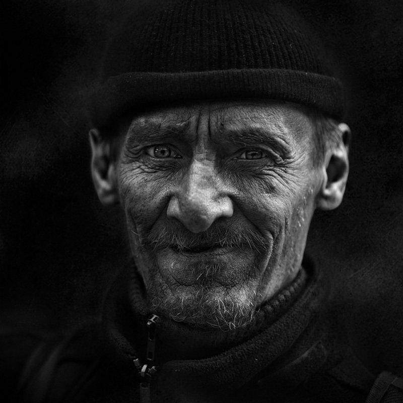 портрет, юрий_калинин, лица, черно_белое, юрец, уличная_фотография, люди Ломанчскийphoto preview