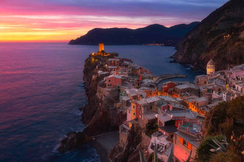 vernazza, cinque terre, italy, sunset Vernazza sunsetphoto preview