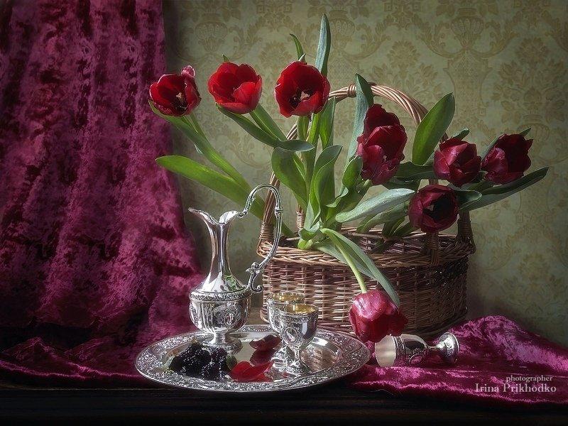 натюрморт, весна, букет, тюльпаны, серебряная посуда Весенний модернphoto preview