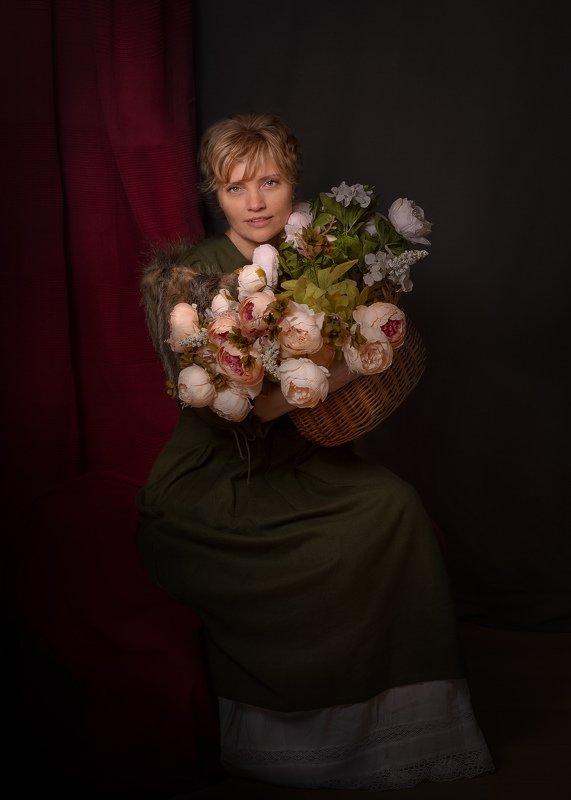 Дама с цветами...photo preview