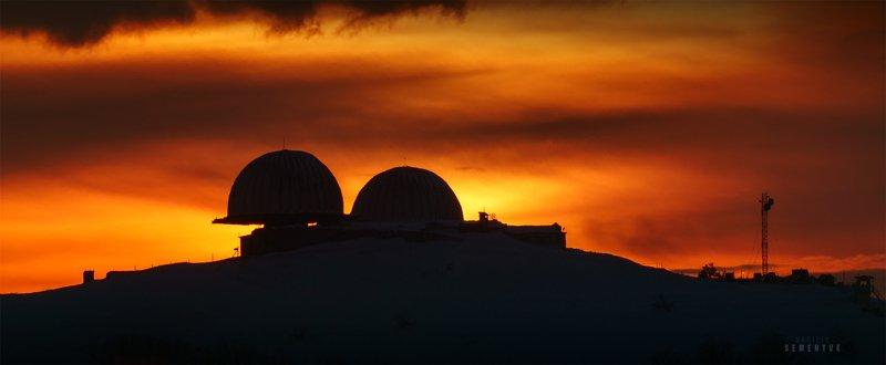 крым, ай-петри, бедене-кыр, закат, купола, небо, вершина, горы, закат, crimea, ay-petri, bedene-kyr, mountain, dusk, sky is on fire, sunset. Неба пламенеющего стяг.photo preview