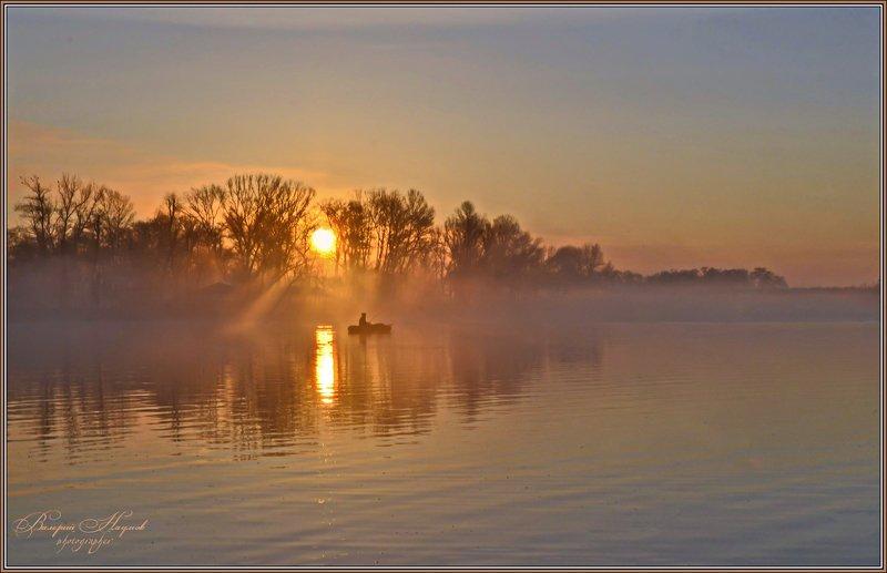 утро, весна, рассвет, восход, туман, рыбак Утро туманноеphoto preview