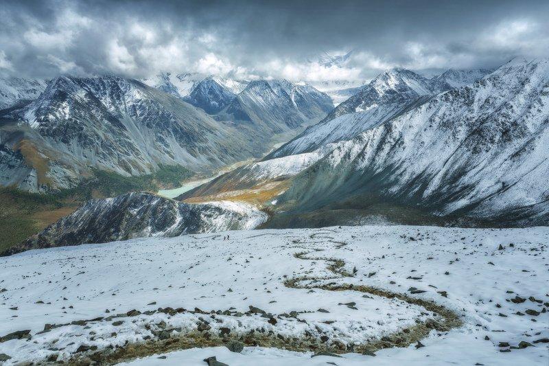 горы, облака, природа, алтай, рассвет, река, путешествие, россия, озеро Дорога в облакаphoto preview