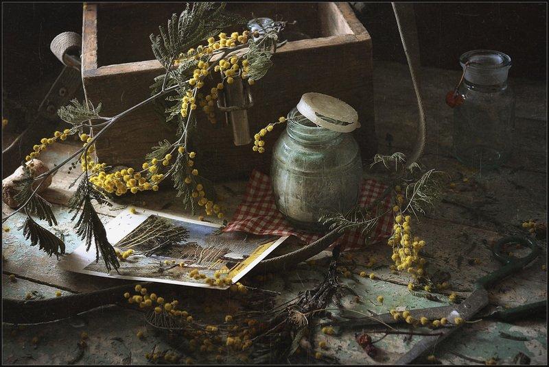 Натюрморт со старой баночкой..photo preview