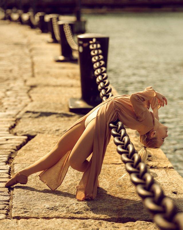 model, dancer, city, urban, female, woman, beautiful Agnieszkaphoto preview