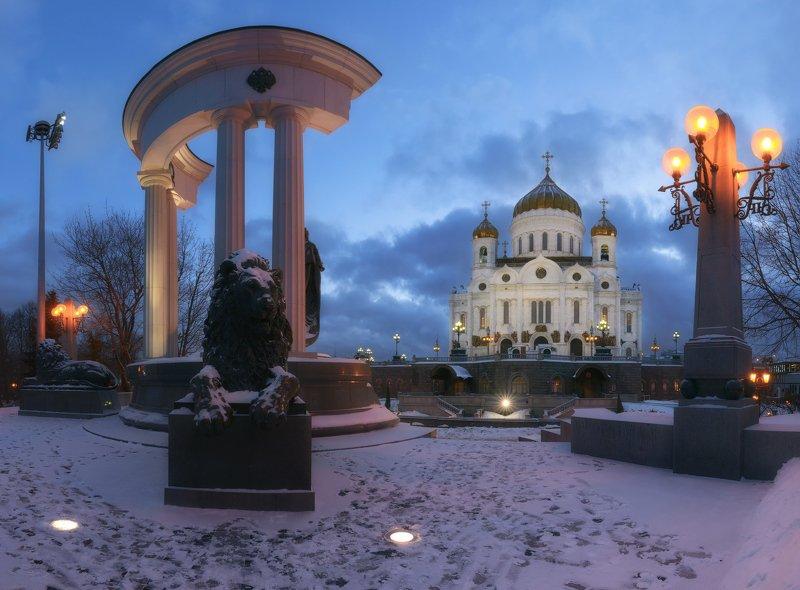 Вечерело над Москвойphoto preview