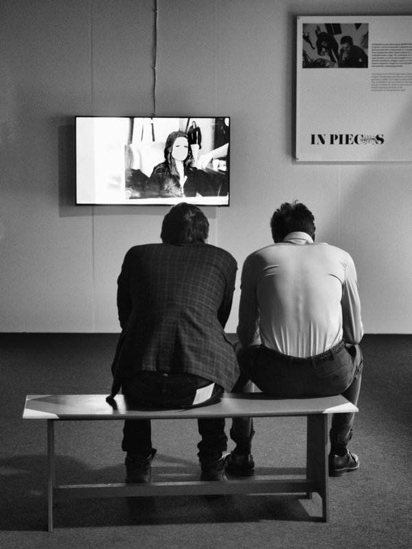 Exibition, Moscow, Russia, Black and white, Monochrome, Street, Portrait Hypnotizedphoto preview