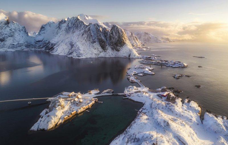 hamnoy , reine, lofoten islands, norway, morning Утро на Лофотенских островахphoto preview