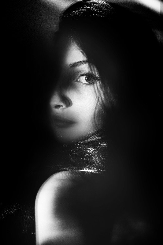 портрет,свет,тень,девушка L&Sphoto preview