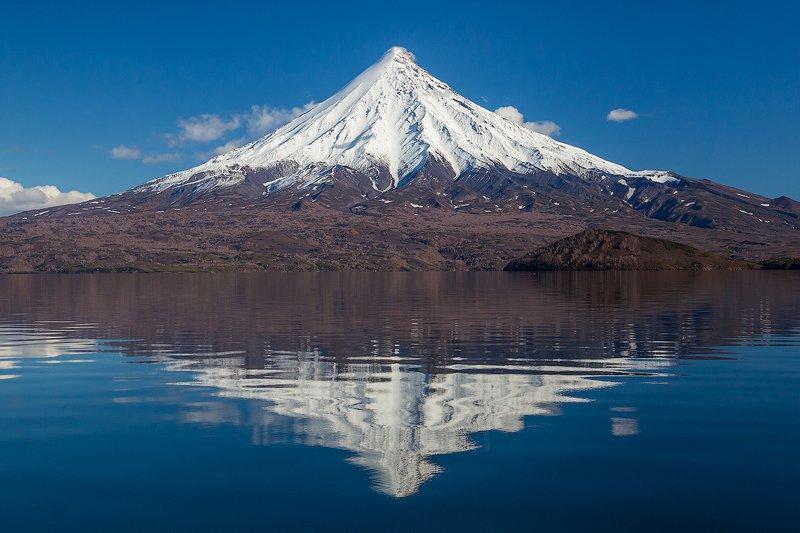 камчатка, пейзаж, озеро, природа, путешествие, фототур, отражение Зеркало для великанаphoto preview