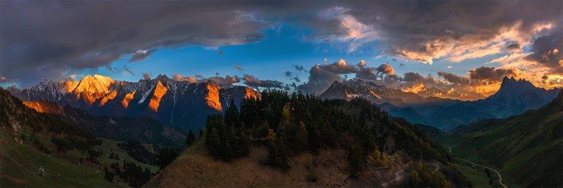 природа, пейзаж, горы, кавказ, природа россии, дикая природа, закат, свет, облака, вечер, весна, панорама В завершении дняphoto preview