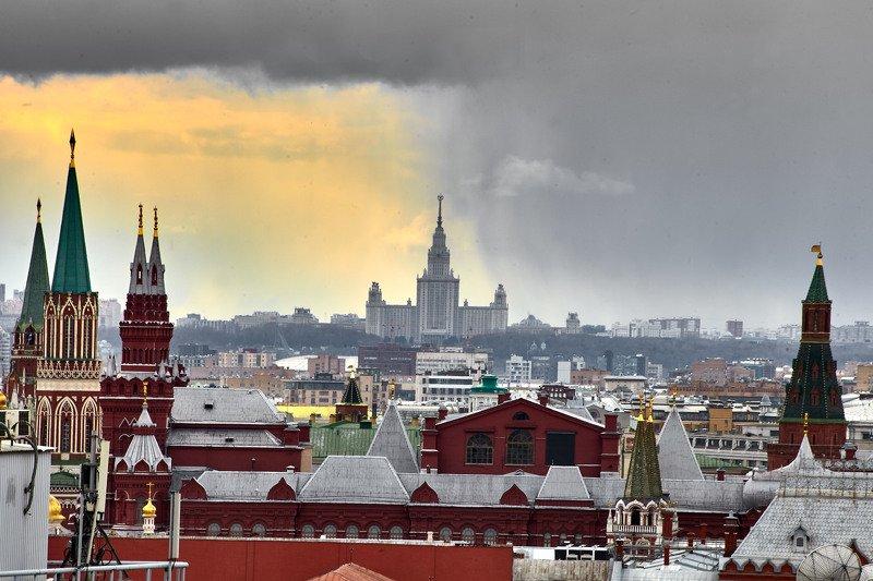 Апрель. Кремль. Москваphoto preview