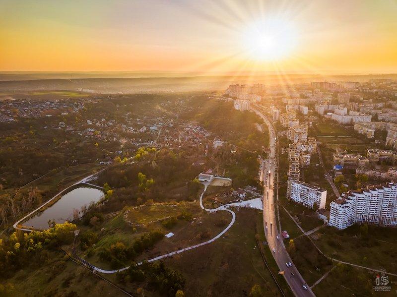 Город на закатеphoto preview