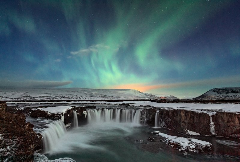 исландия Ночной Годафоссphoto preview