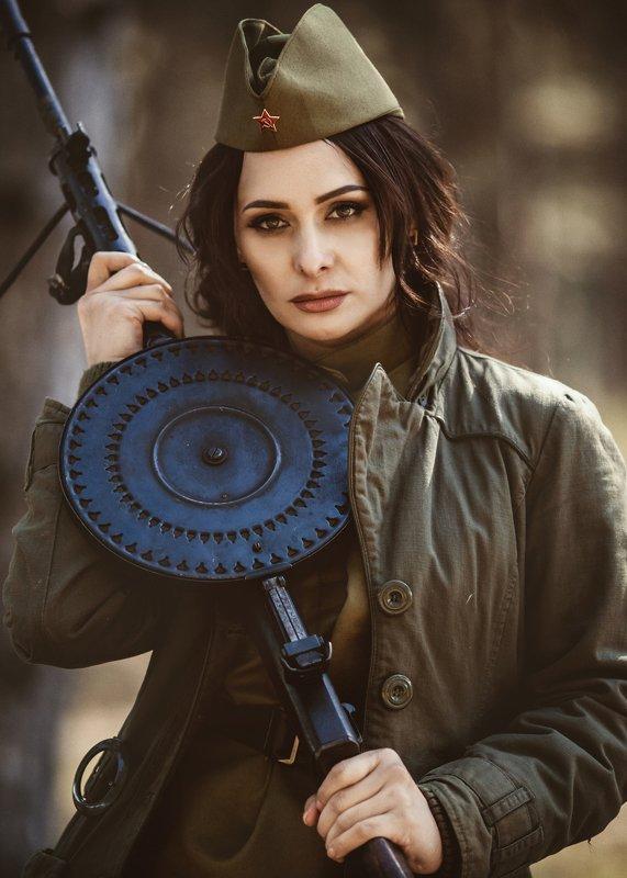 женский портрет, портрет, война, модель photo preview