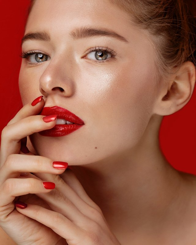 model fashion style cover makeup red.photo preview