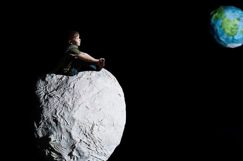 портрет, космос, дети, детский портрет, мечты, ребёнок, студийное фото Мечты о космосеphoto preview