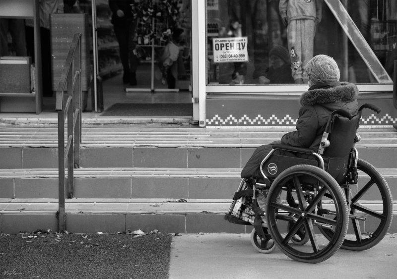 женщина,инвалид,жанр,улица ***photo preview