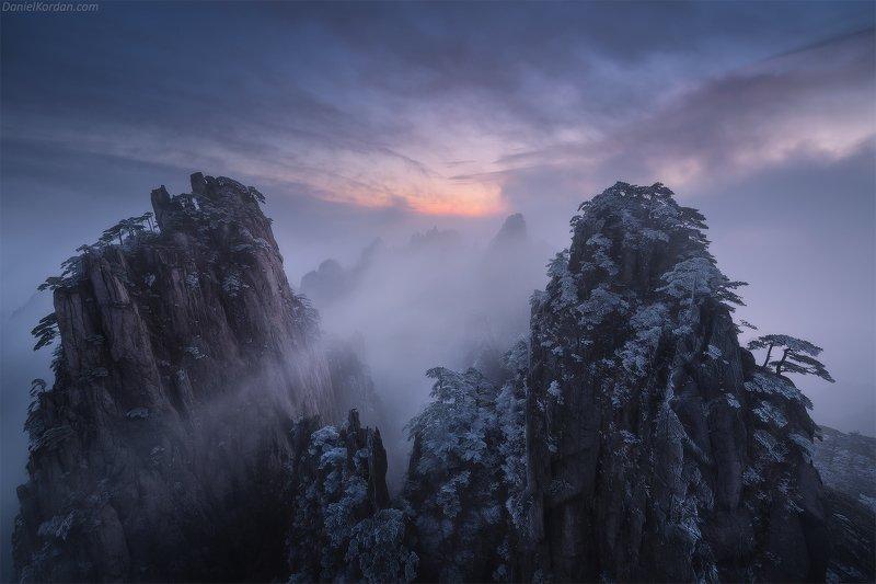 Хуаньшаньphoto preview