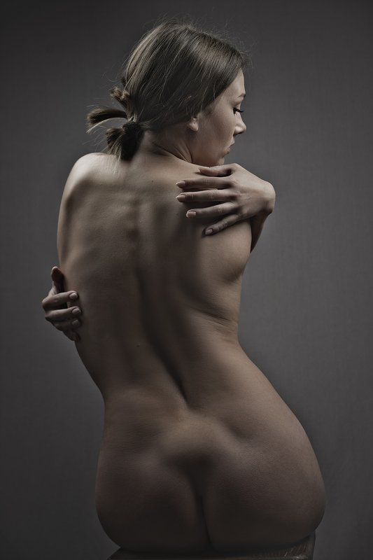 female, portrait, mood, sensuality, dramatic, woman, dark, adult, face, people, one, person, nude, motion, body, back, naked, butt, sensual Abstractphoto preview