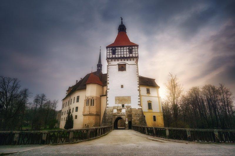 Замък Блатнаphoto preview