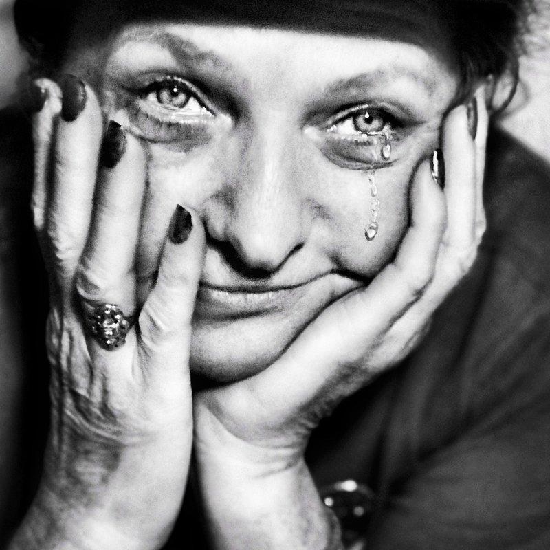 Жанровый портрет  Слёзы счастья photo preview