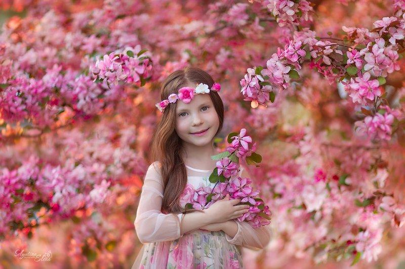 Девочка-веснаphoto preview