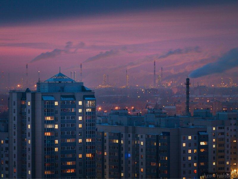 Омск, закат, завод, город, муравейник, спальный район, дым, экология, Россия, крыша, ночь Окраинаphoto preview