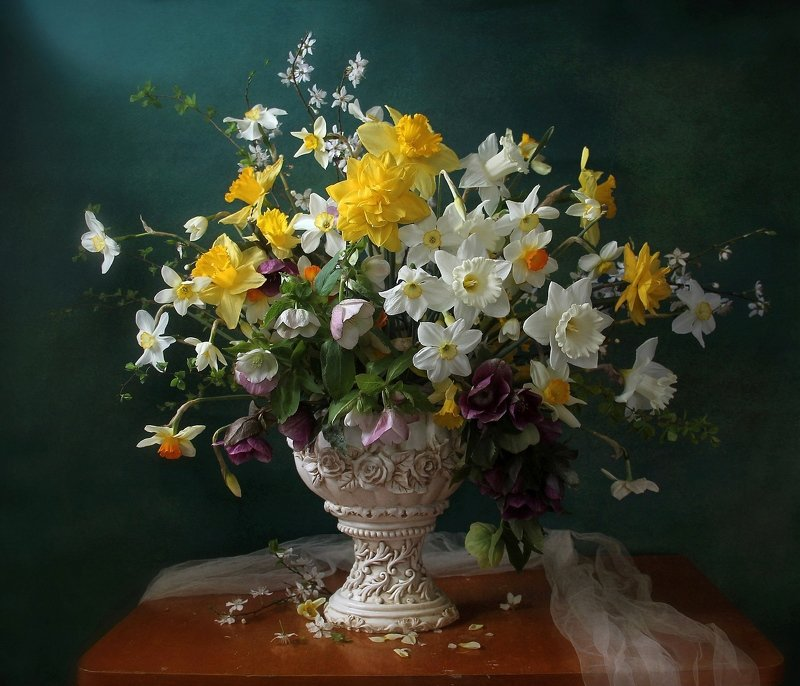 весна, натюрморт, букет цветов, нарциссы, марина филатова Нежный трепет волшебных цветовphoto preview