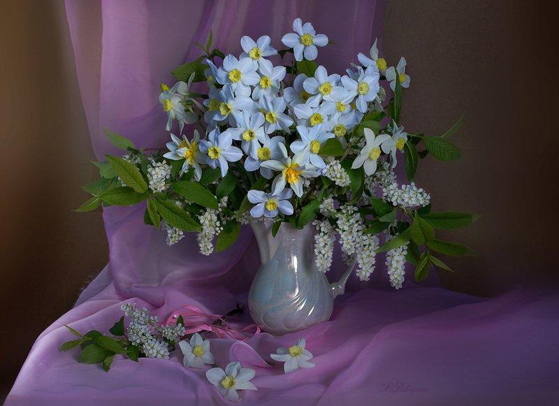 натюрморт,нарциссы,весна,в.павлухина, Весенние цветыphoto preview