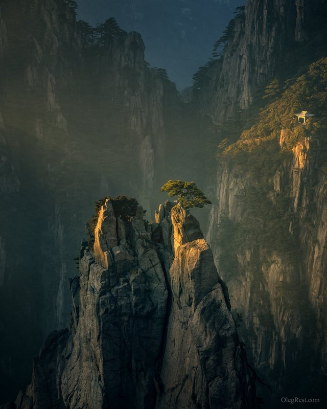 Epic Huangshan mountainsphoto preview