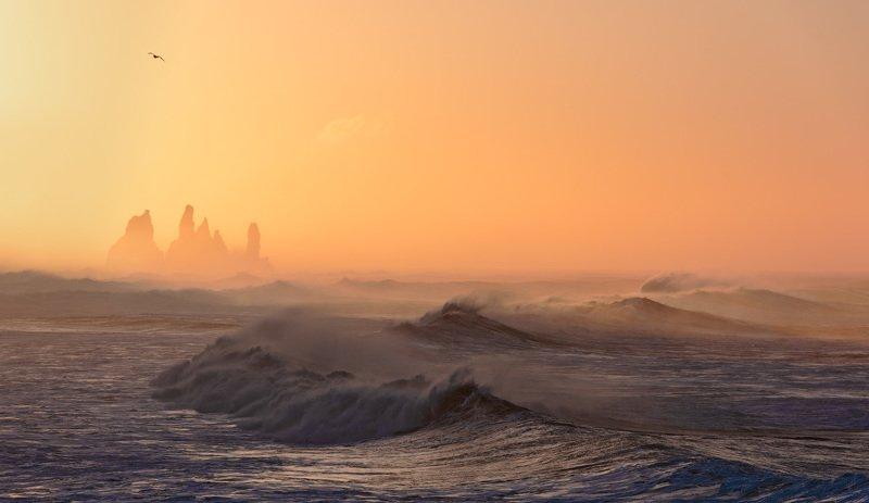 исландия Над волнойphoto preview
