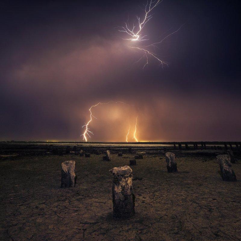 эльтон Гроза над озером Эльтонphoto preview